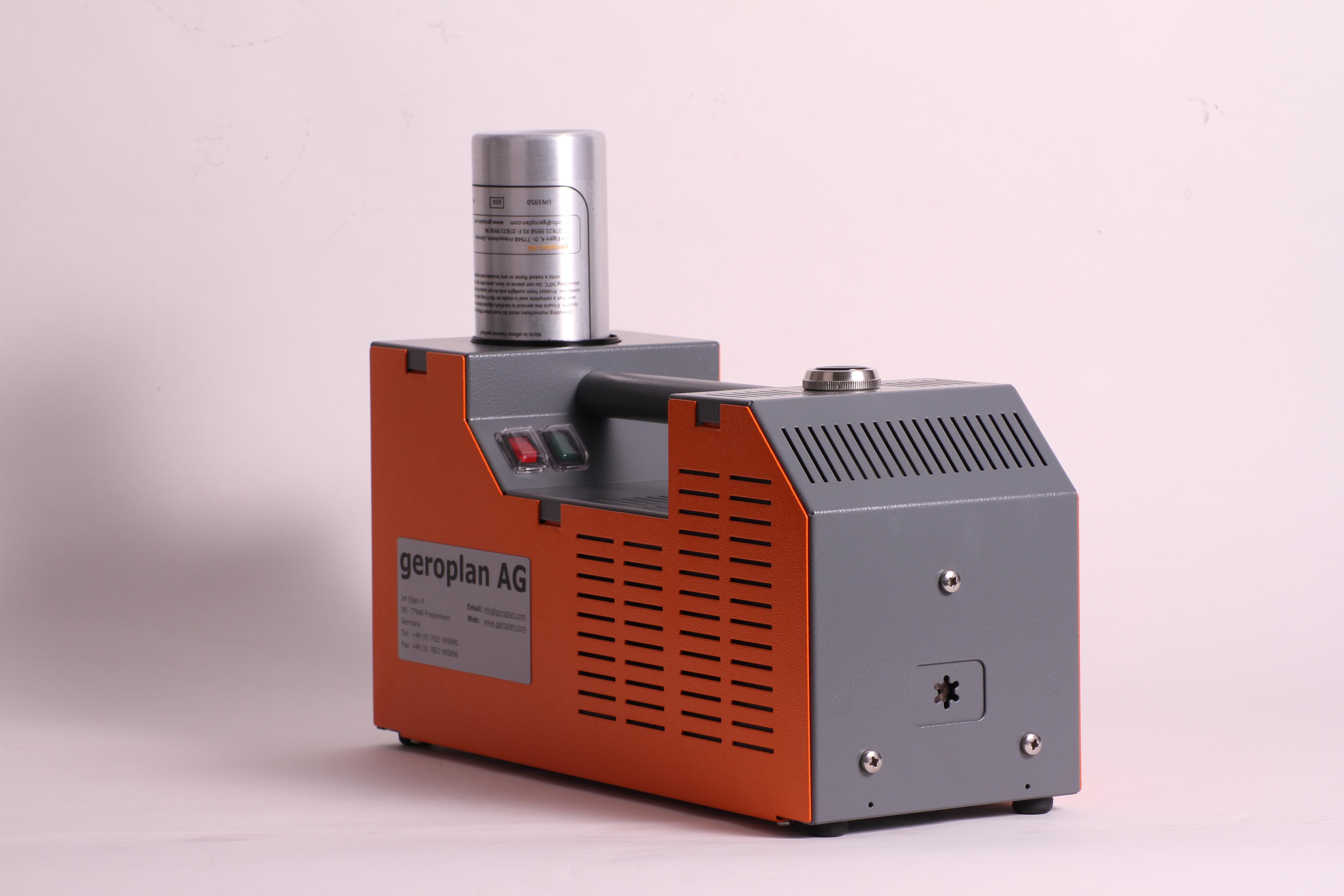 Nebelmaschine-C4-22